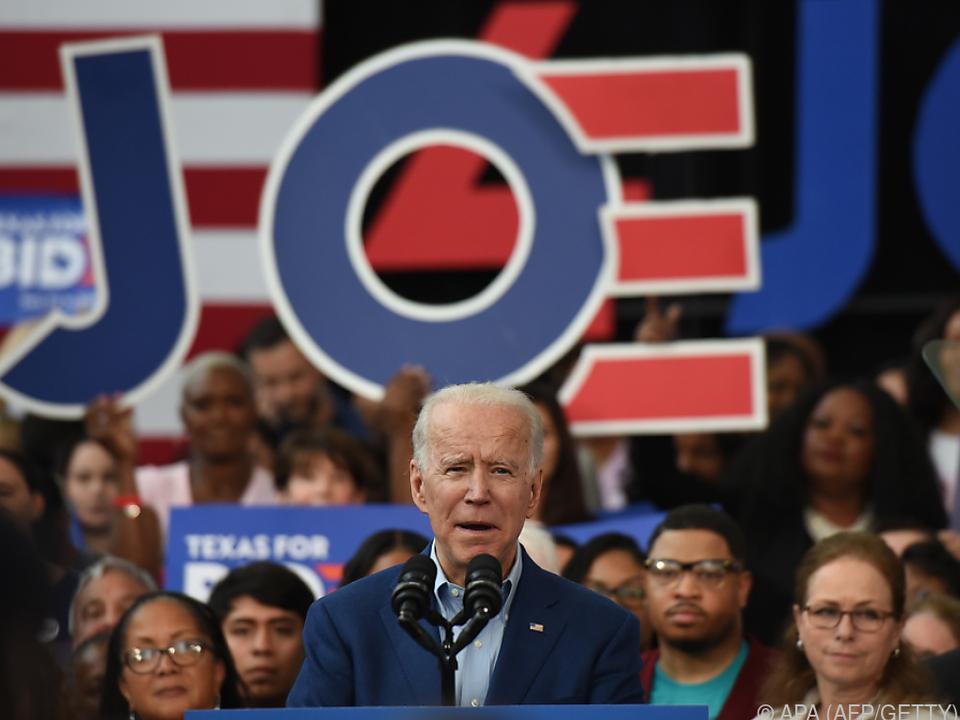 Joe Biden erhielt Unterstützung von Amy Klobuchar