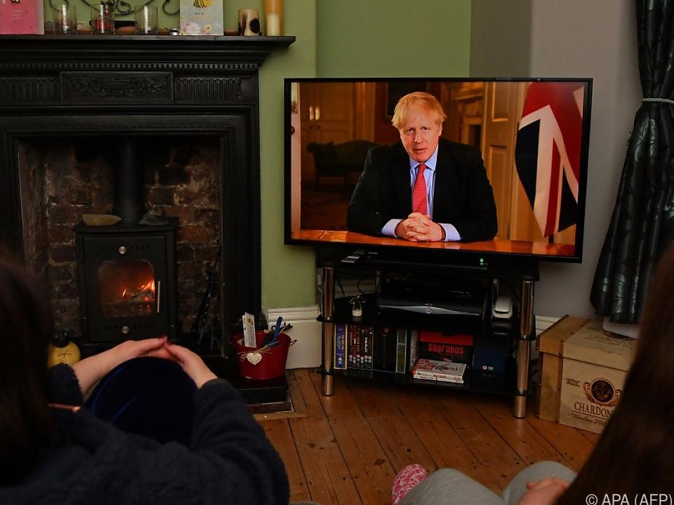 Johnson schwenkt auf den Kurs anderer europäischer Länder ein