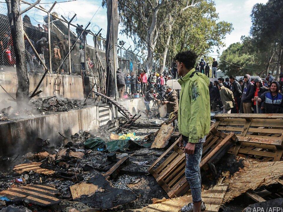 Mehrere Unterkünfte brannten nieder