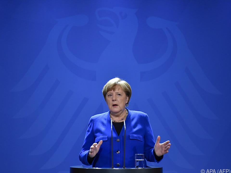 Merkel bekennt sich zum Flüchtlingspakt