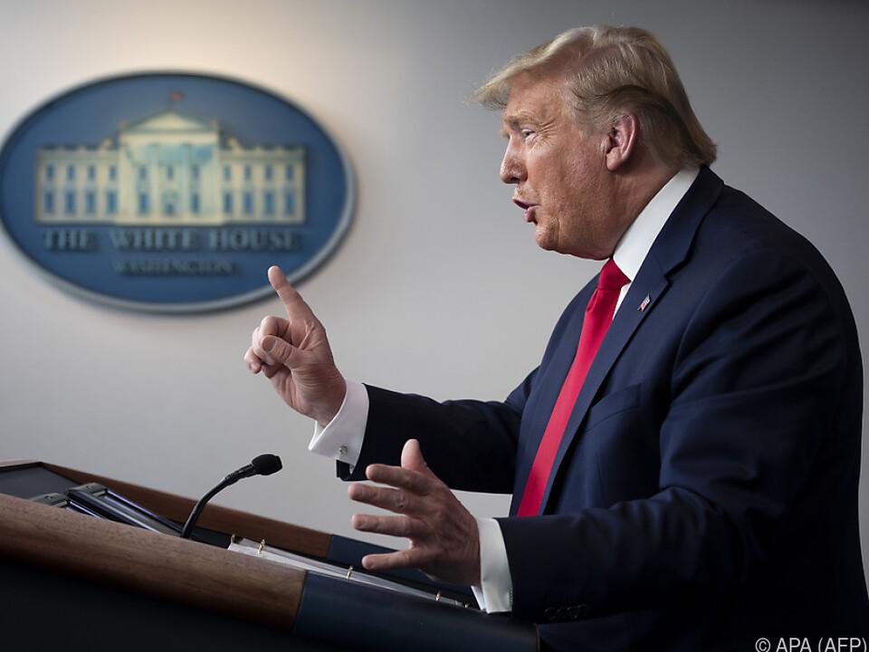 US-Präsident Trump beim täglichen Briefing