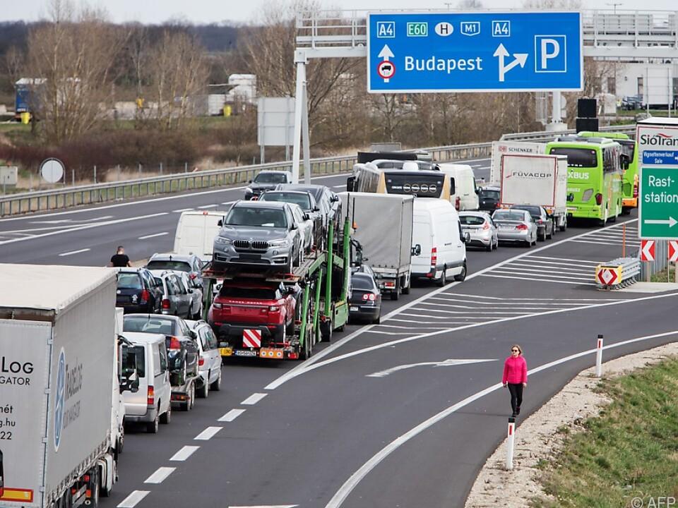 Nur mehr Ungarn dürfen einreisen