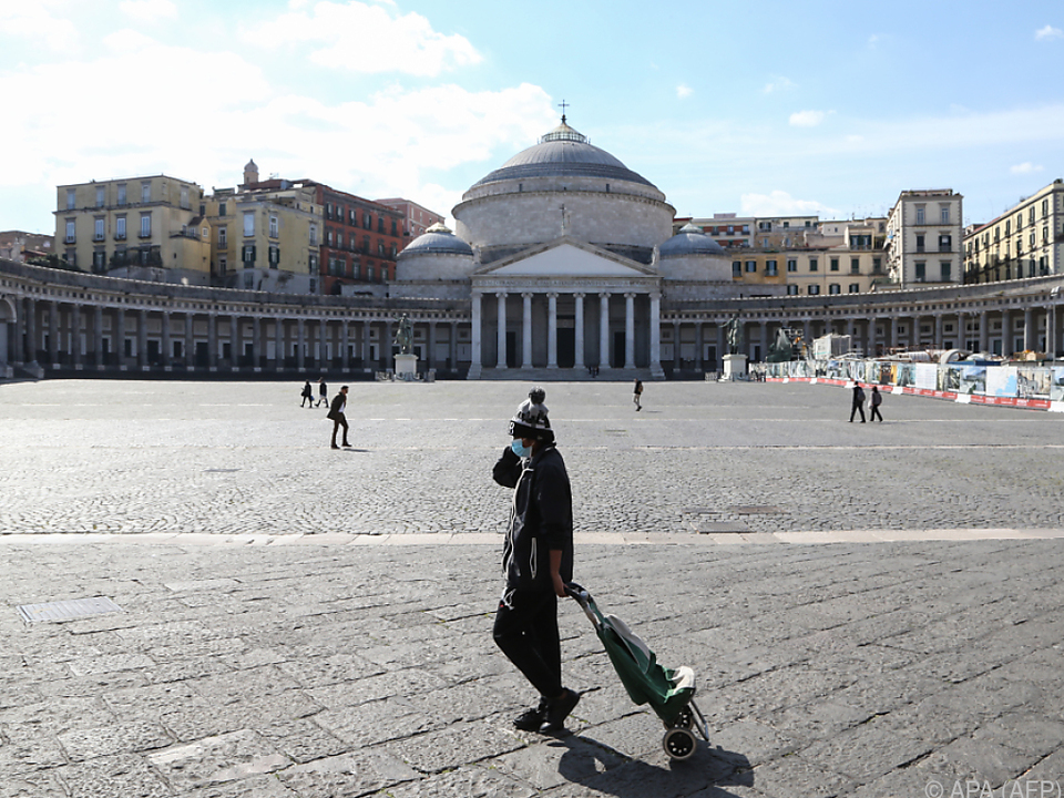 Nur wenige Menschen gehen in Italien derzeit auf die Straße