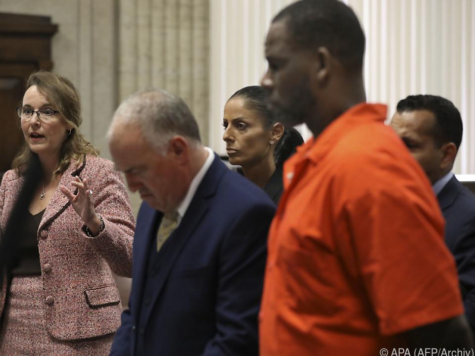 R. Kelly wartet auf seinen Prozess