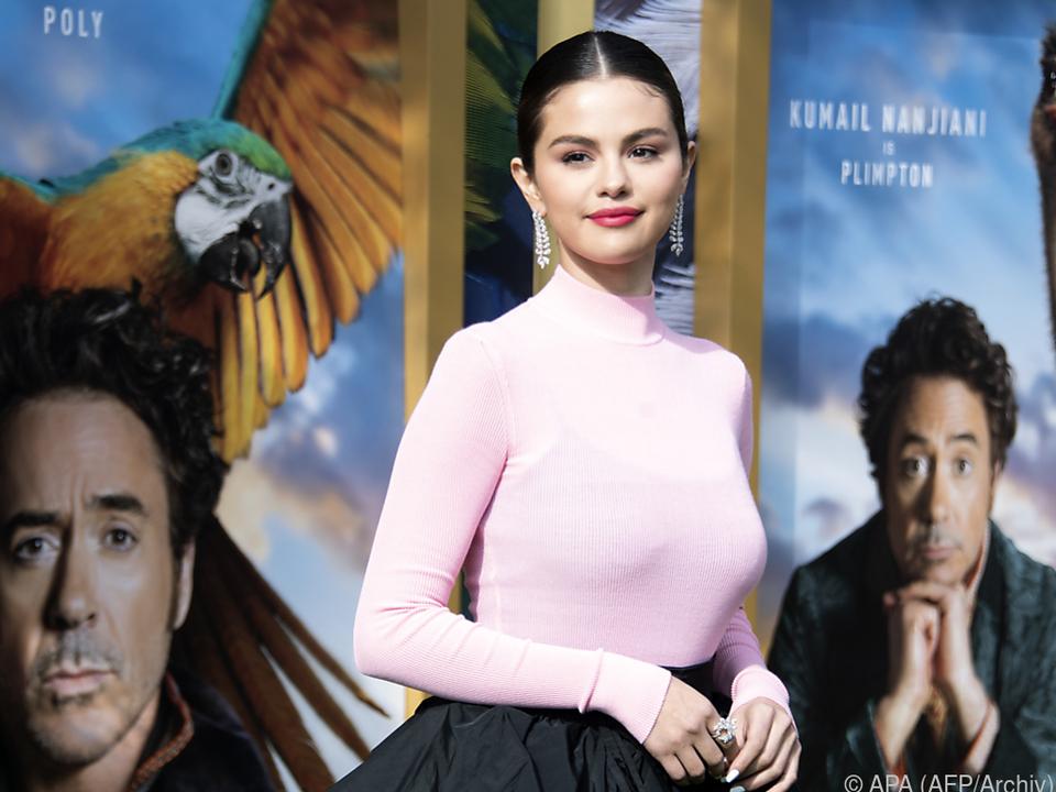 Selena Gomez spendet einen Teil der Einnahmen