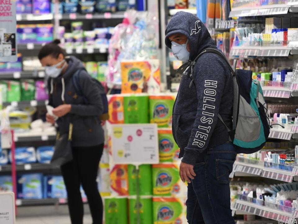 Supermarktbesuch auf Regierungsgeheiß nur mehr mit Schutzmaske