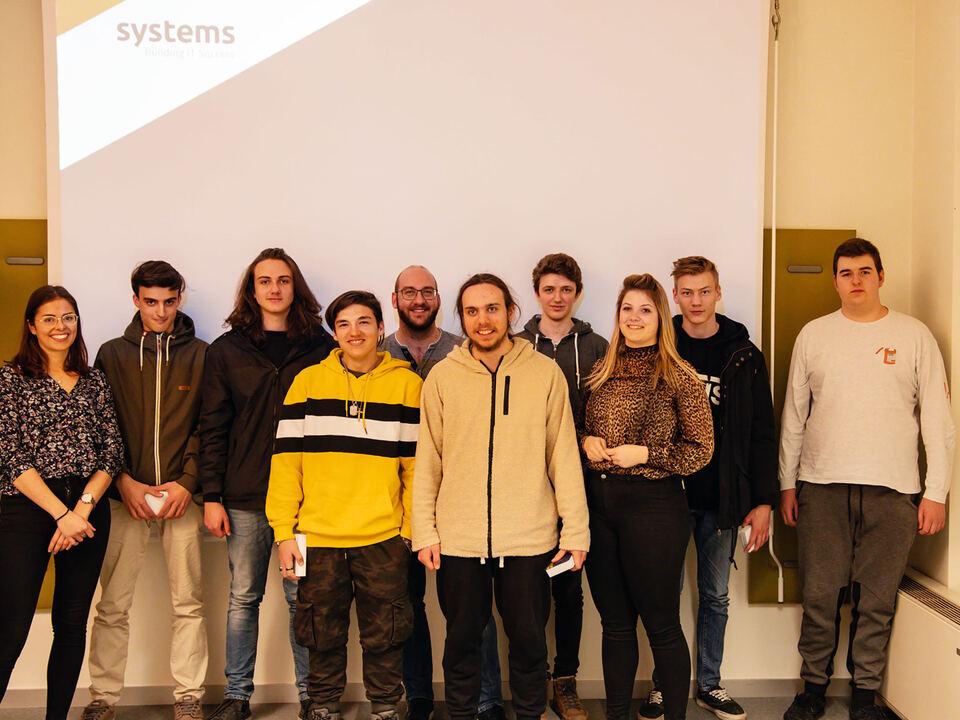 systems_Praktikanten