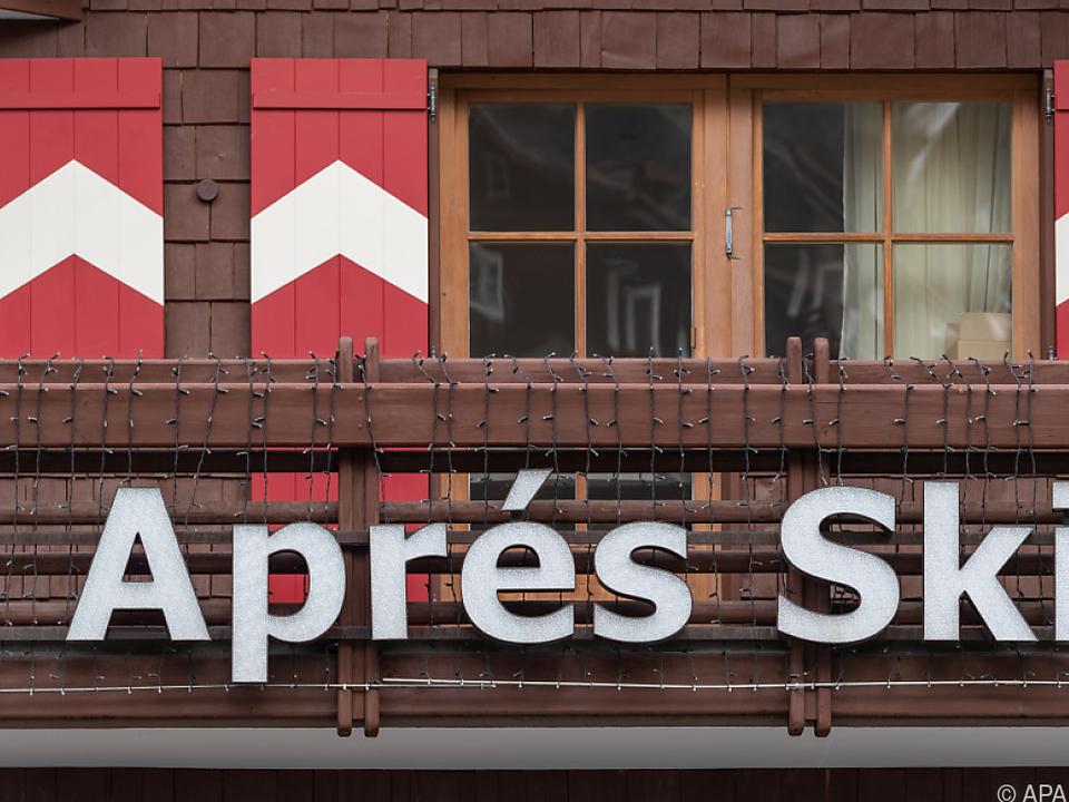 Tiroler Skigebiete als Corona-Hotspot