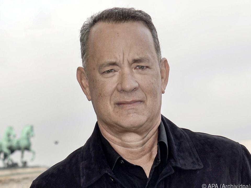Tom Hanks verliert beim Kartenspielen gegen seine Frau