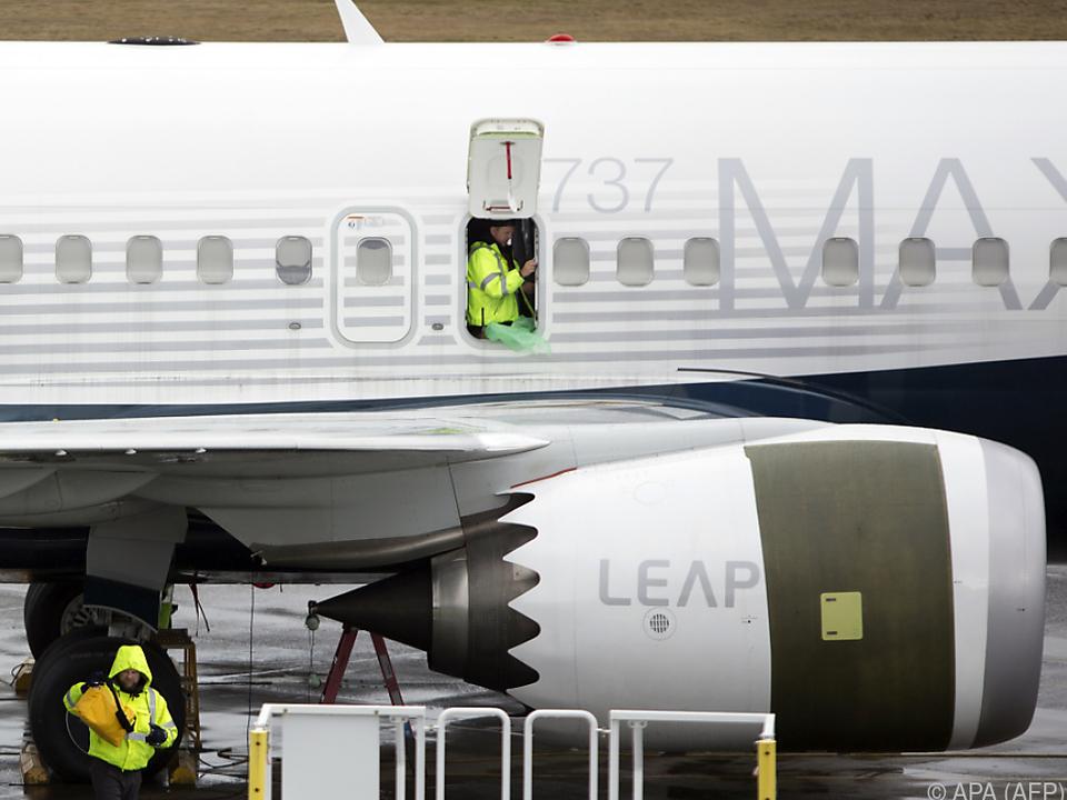 Überprüfung der 737 Max sei \