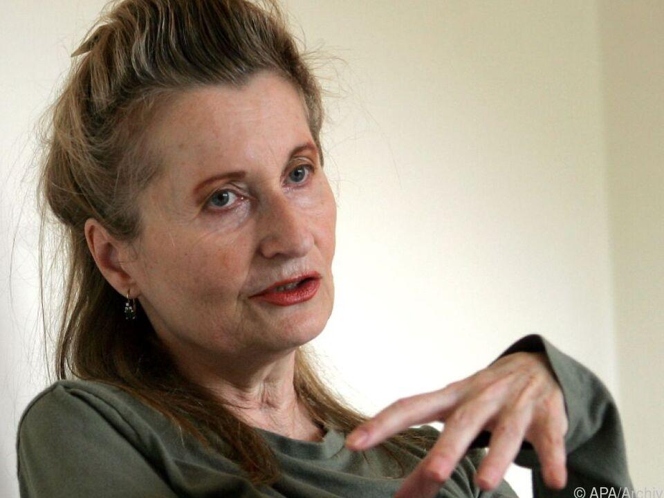Unter anderem beteiligte sich Elfriede Jelinek an dem Appell