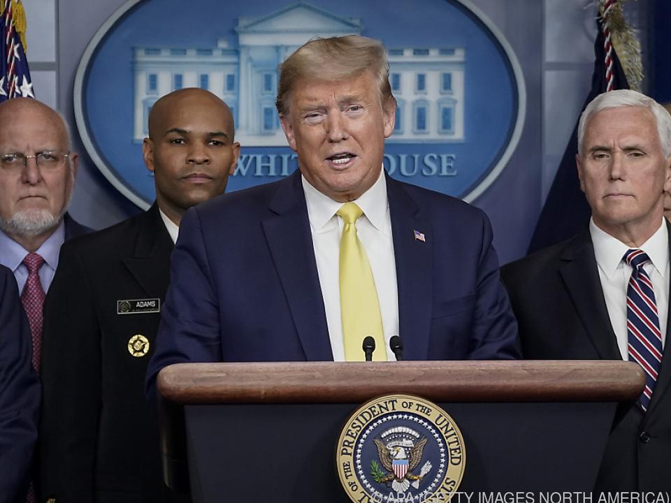 Trump stellt wirtschaftlihce Maßnahmen in Aussicht