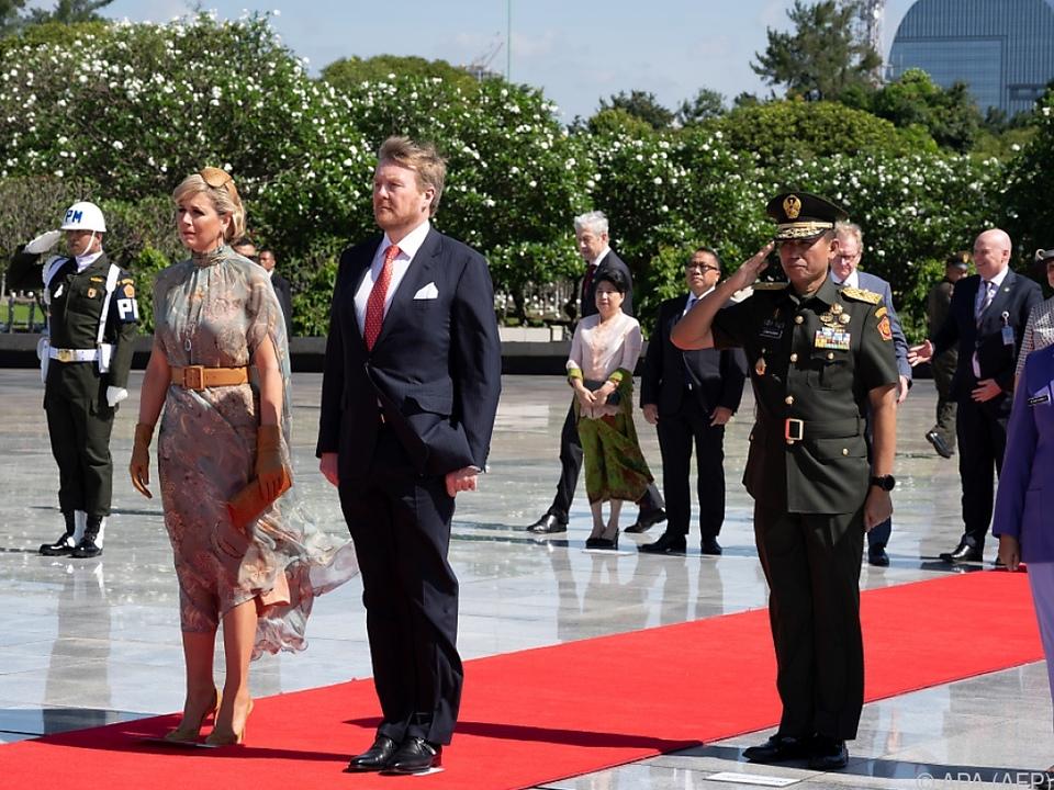 Willem-Alexander und Maxima besuchen Indonesien