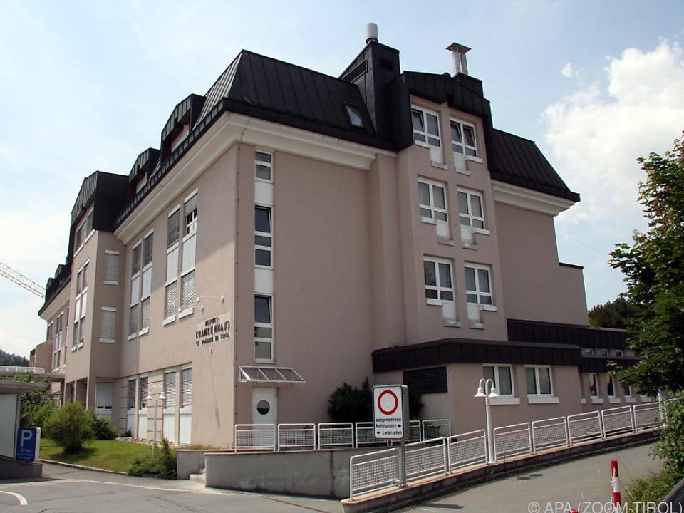 Zwei Todesfälle im Bezirkskrankenhaus St. Johann in Tirol