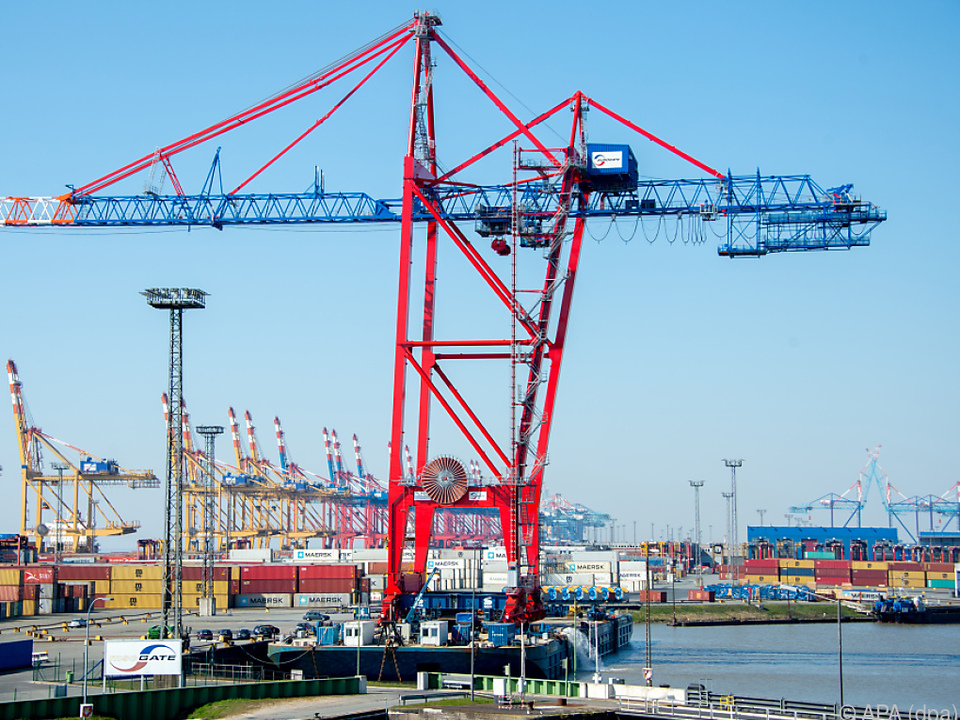 2021 geht es wieder nach oben export import wirtschaft hafen