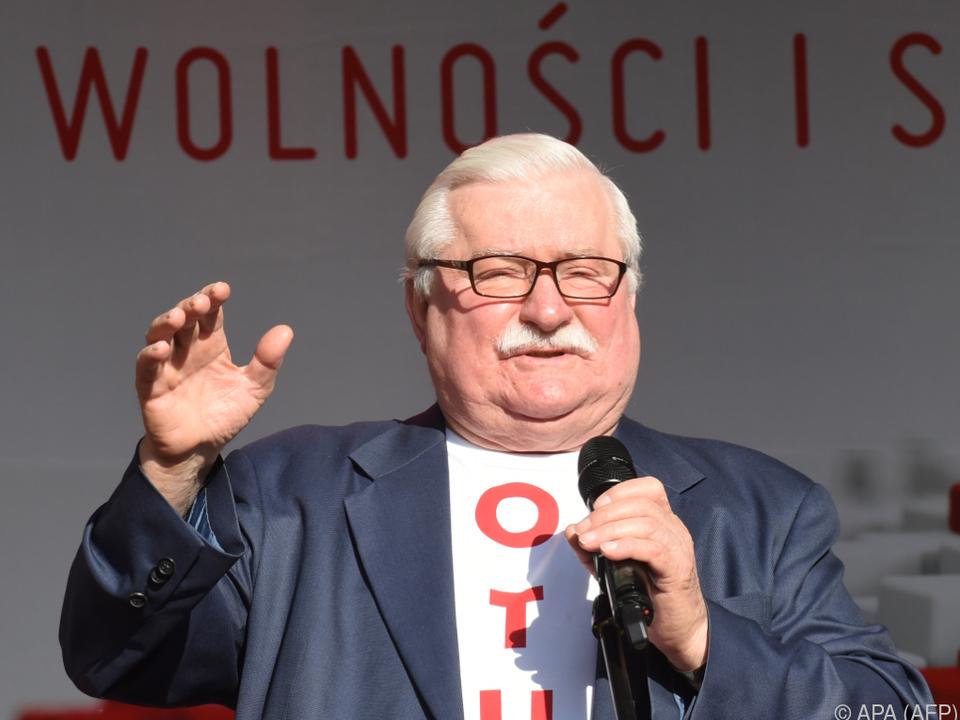 Auch Lech Walesa ist für einen Wahlboykott