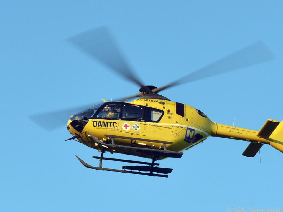 Die Hubschrauberbesatzung entdeckte den Verunglückten