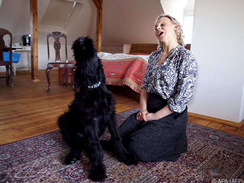 Die Künstler der Leipziger Oper proben nun mit tierischen Partnern