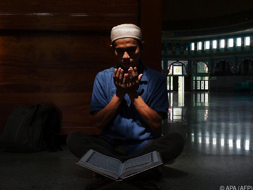 Einsame Gebete