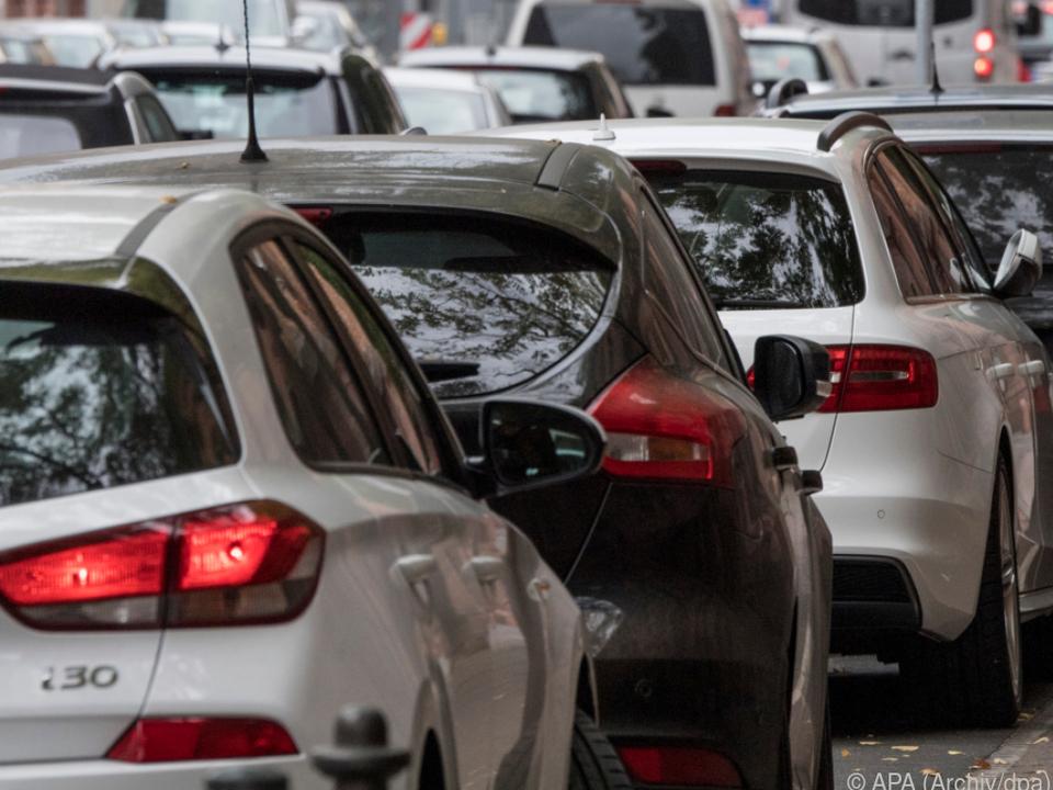 Es werden wohl wieder mehr Autos auf der Straße sein
