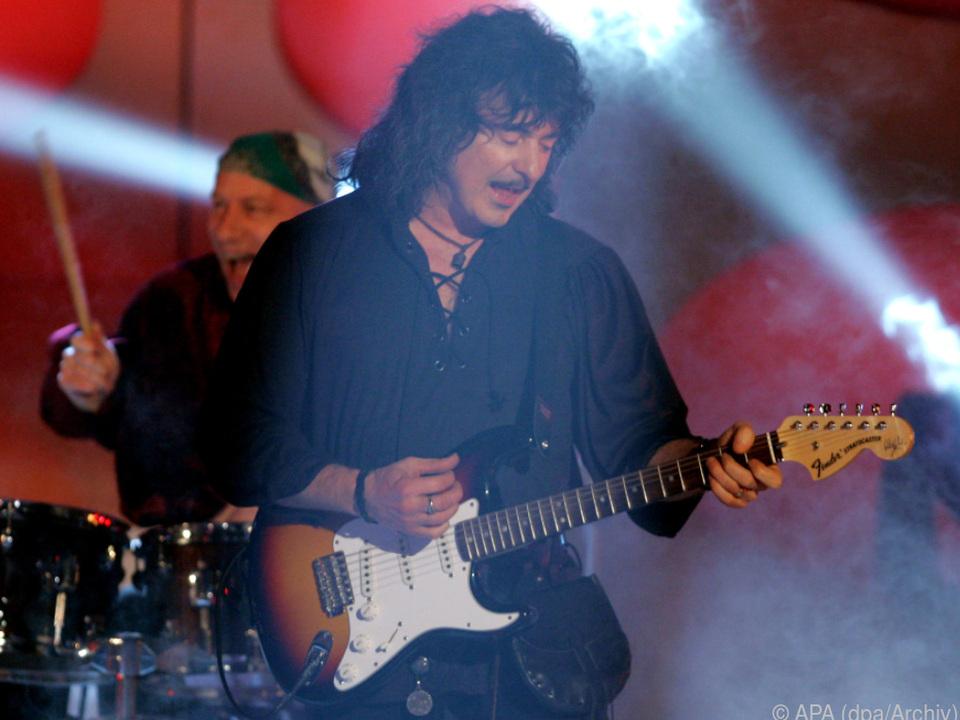 Früher überlebten Blackmores Gitarren oft den Auftritt nicht