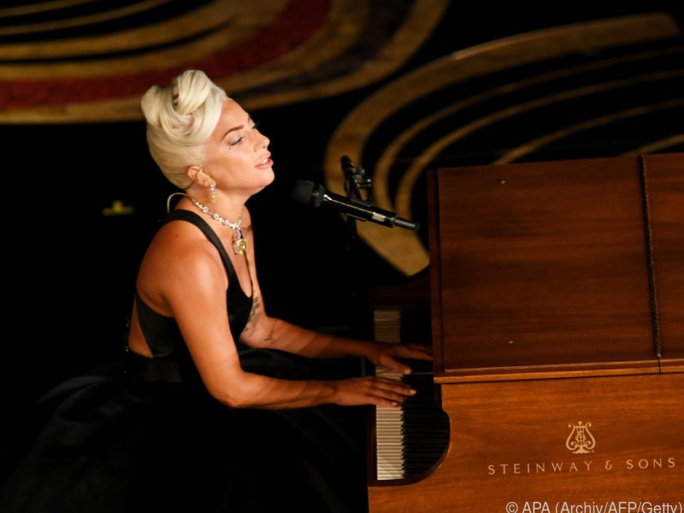 Lady Gaga hatte Veröffentlichung ihres neuen Albums verschoben.