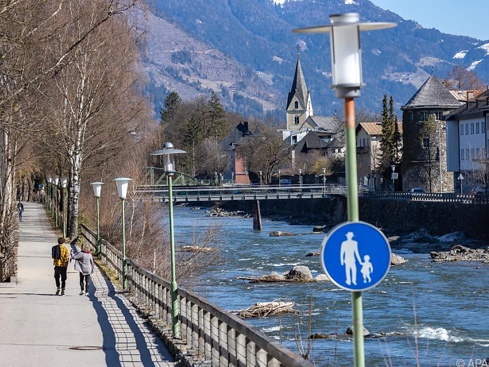 Leichte Lockerung der Maßnahmen in Tirol