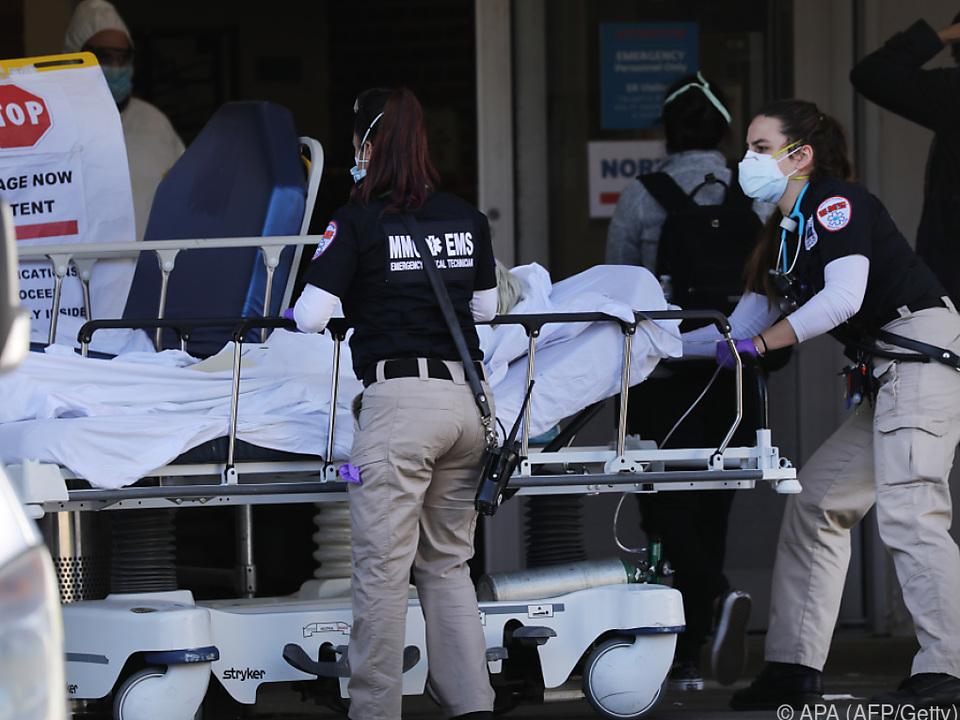 Rund 380.000 Infizierte in den USA