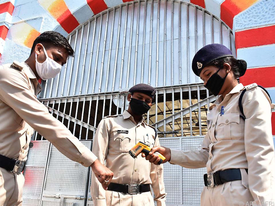 Strenge Reisewarnung gilt u.a. für Indien