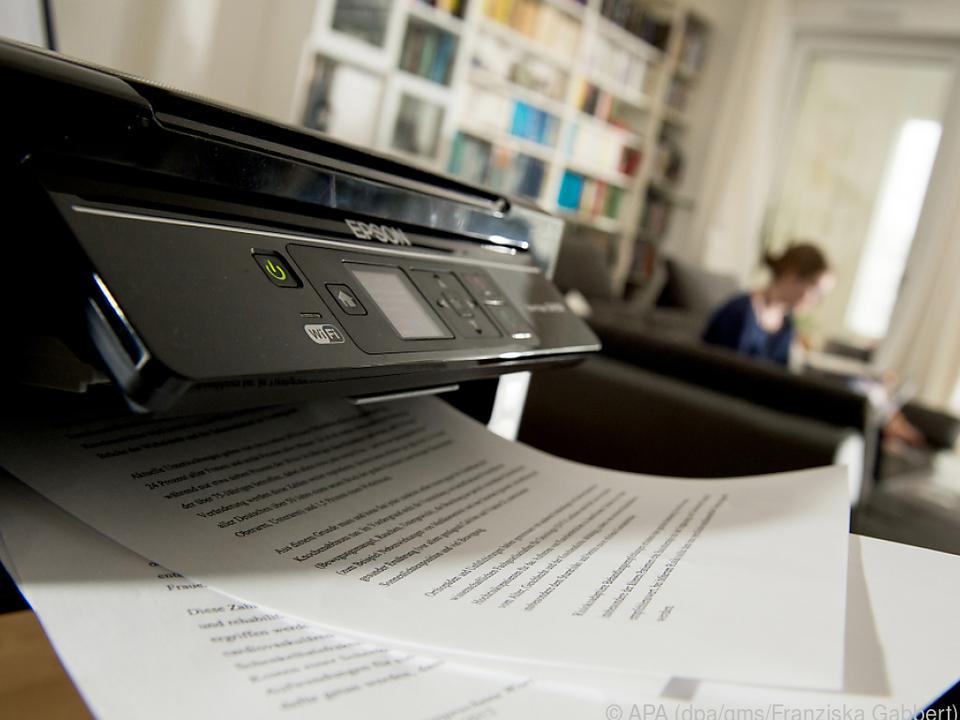 Wer gesammelt ausdruckt, spart Standby-Strom und Druckertinte