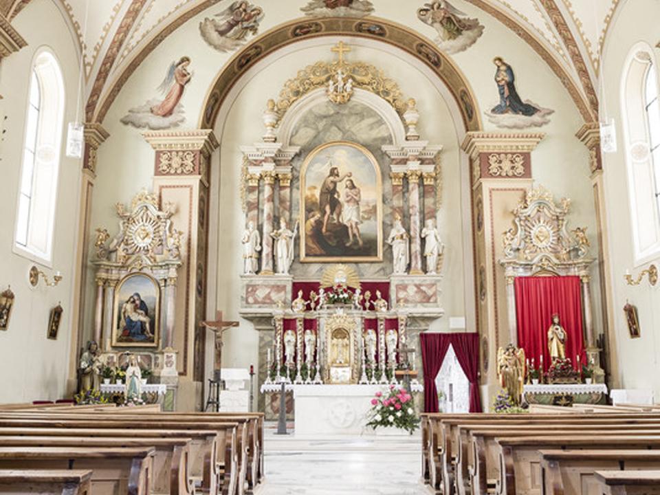 Kirche leer