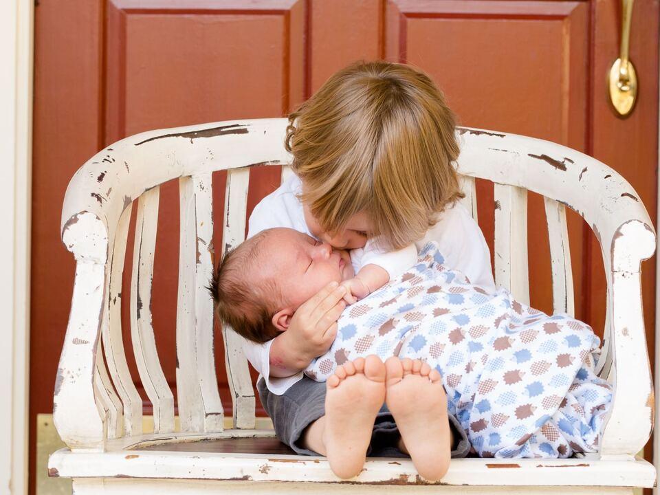 Kinder Geschwister Familie