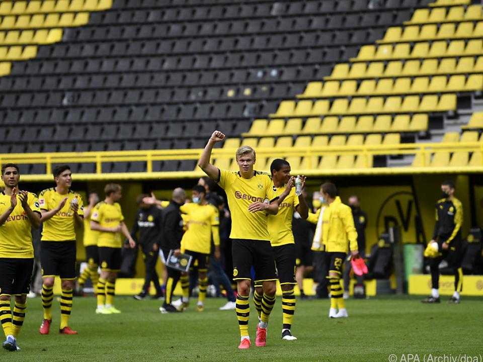 Dortmund will den Bayern auf den Fersen bleiben