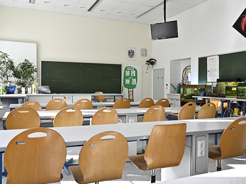 Erste Corona-Fälle nach Schulöffnungen