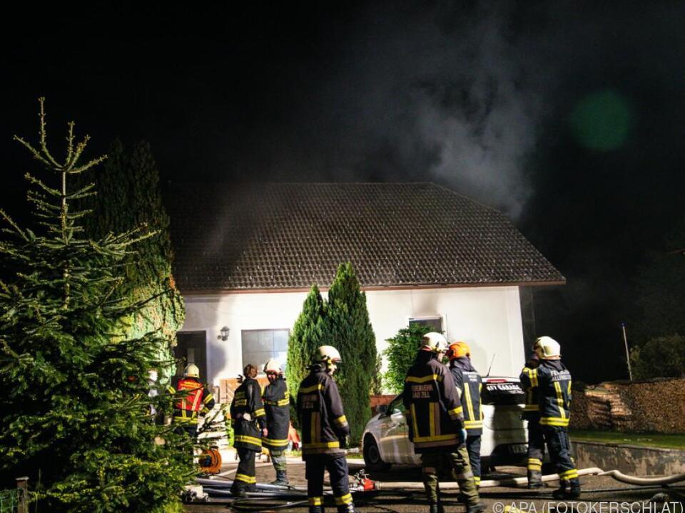 Feuerwehr fand 67-Jährigen leblos im Haus