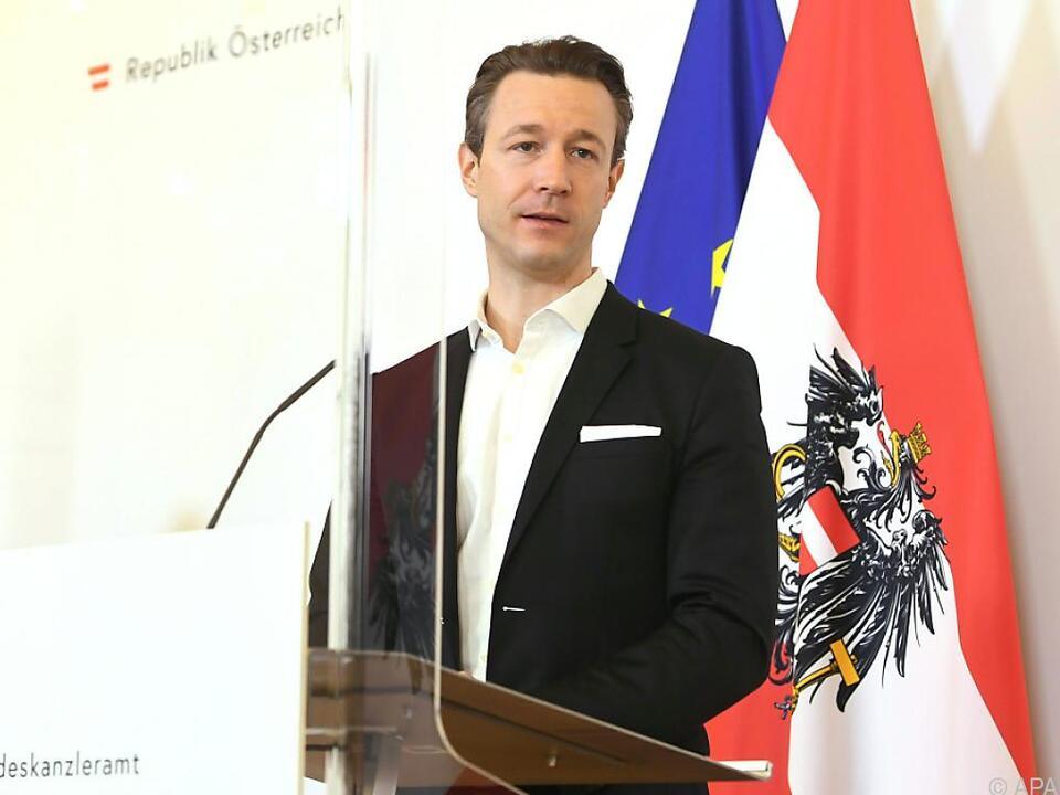Finanzminister Blümel deutet Handlungsspielraum an