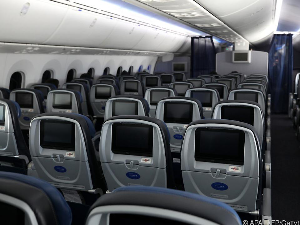 Fluglinien hoffen baldige Wiederaufnahme des Betriebs