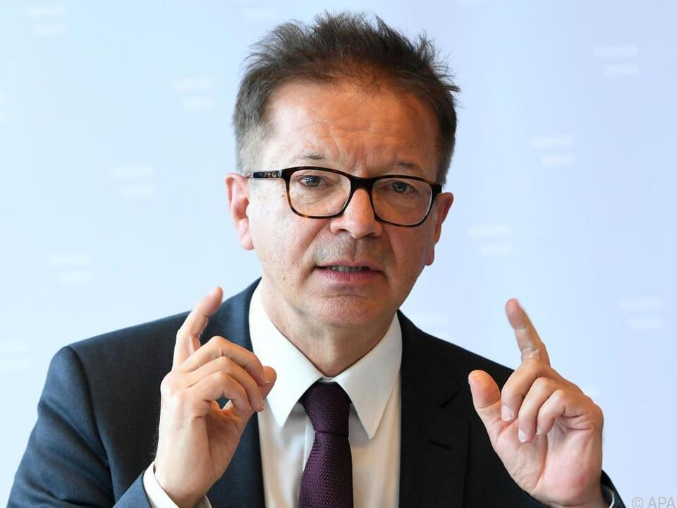 Gesundheitsminister Rudolf Anschober recht zufrieden