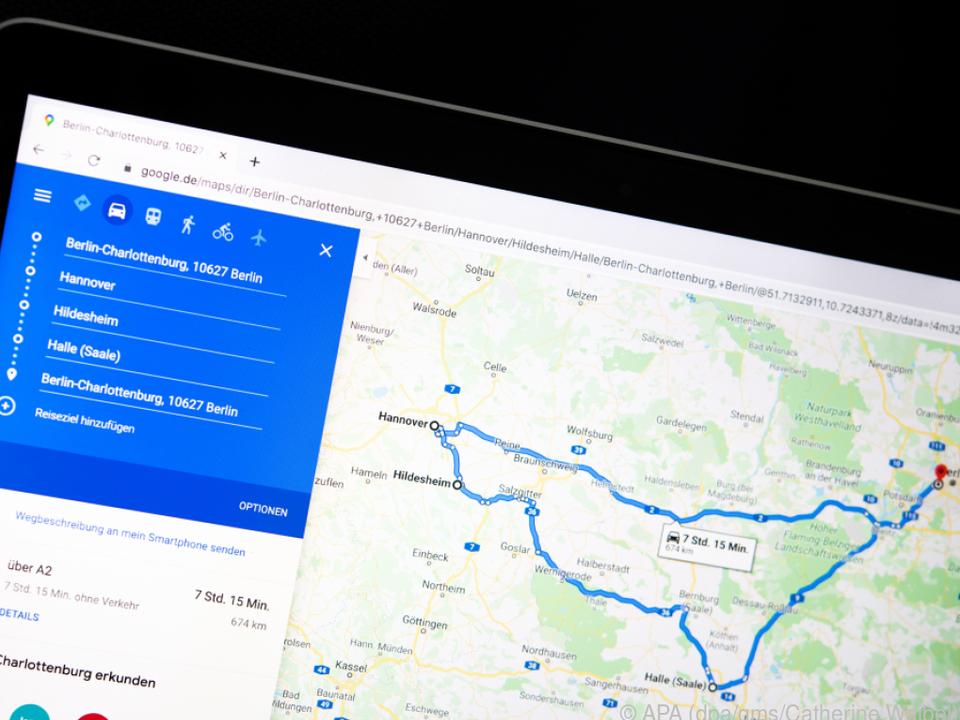 Routen kann man am großen Rechner-Bildschirm vorbereiten und ans Handy schicken