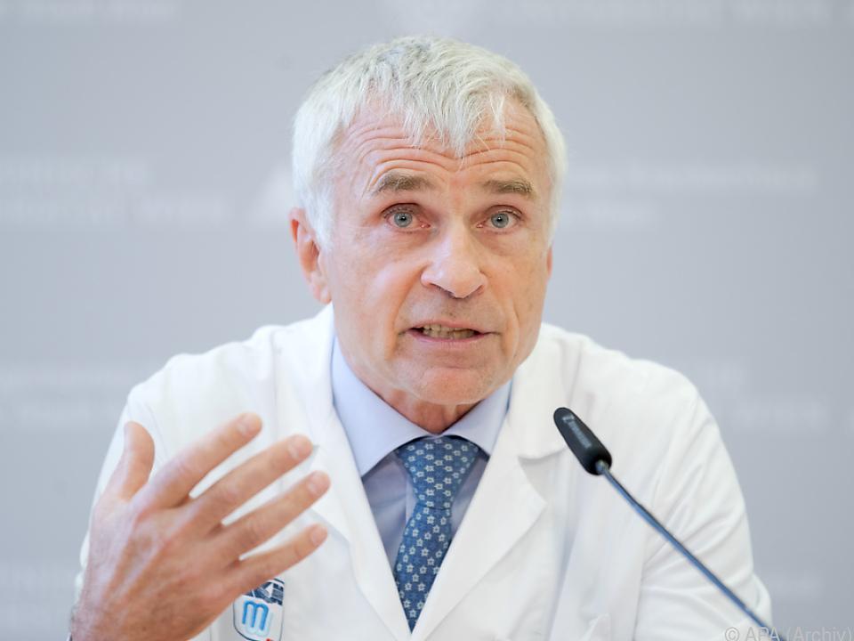 Klinik-Leiter Walter Klepetko: \