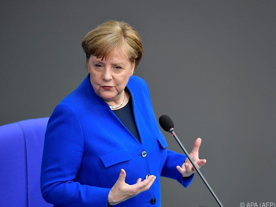 Merkel stellte sich den Fragen der Abgeordneten
