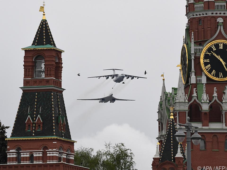 Militärparade anlässlich des Gedenktages