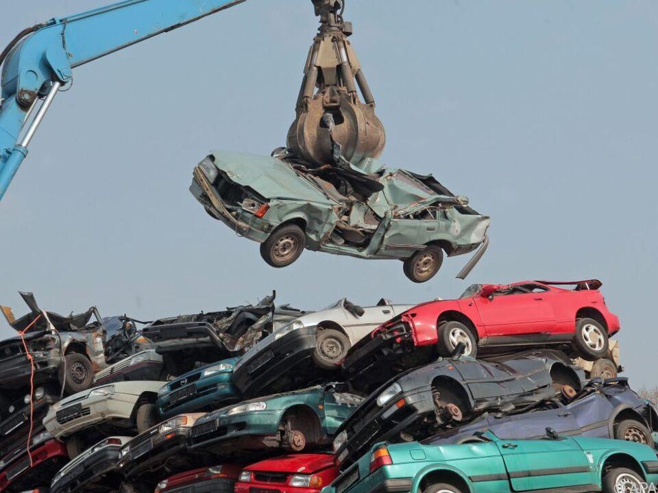 Neuwagenkauf soll durch Prämie angekurbelt werden