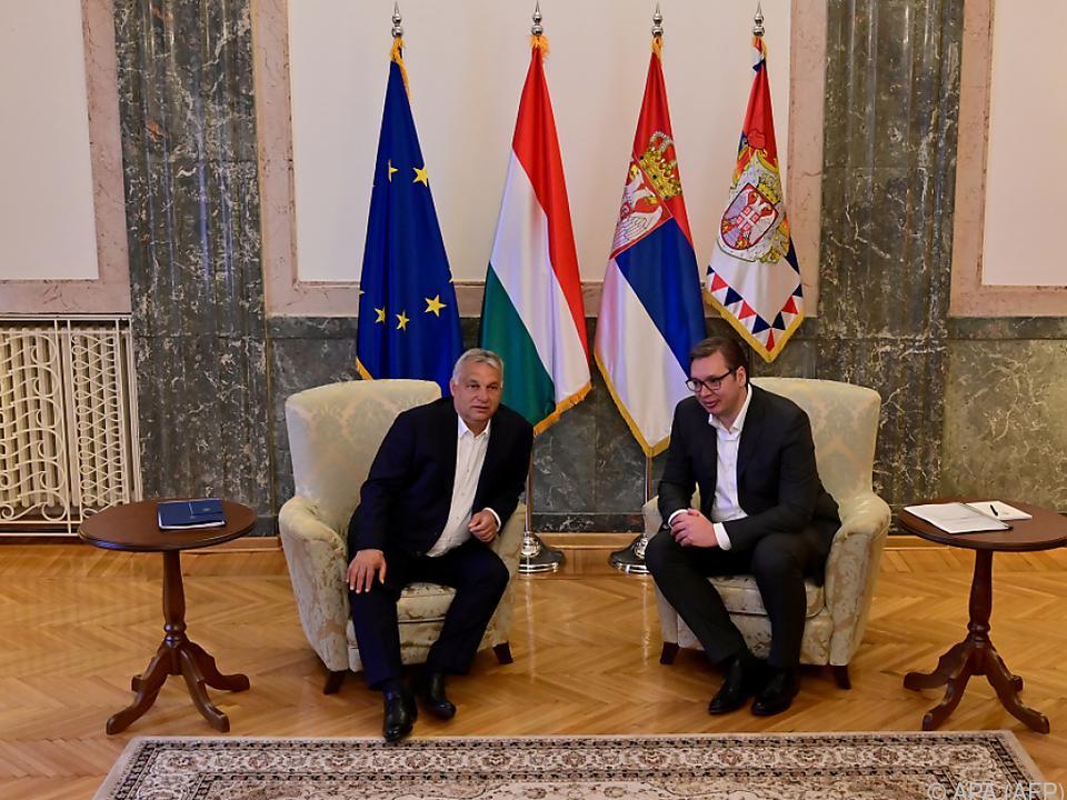 Orban und Vucic trafen einadner in Belgrad