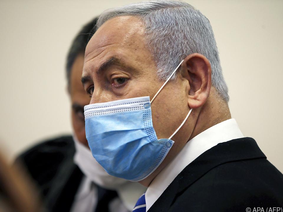 Premier Netanyahu soll Vergünstigungen angenommen haben