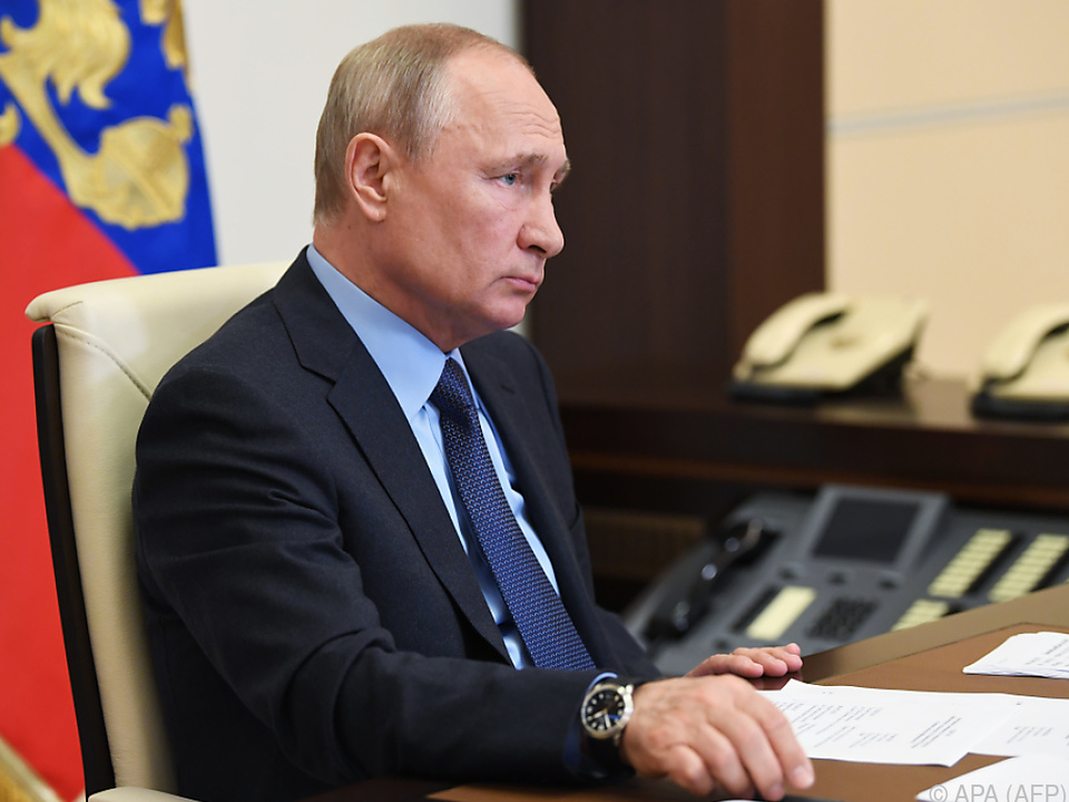 Putin glaubt an Besserung der Lage