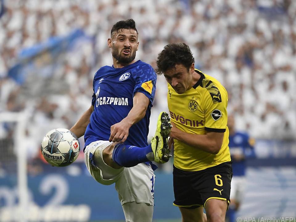 Revierderby zwischen Borussia Dortmund und Schalke 04 am 16. Mai