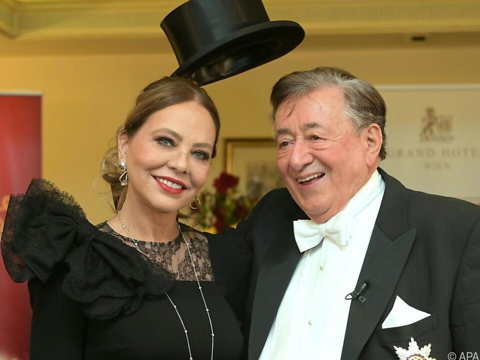 Richard Lugner kam in diesem Jahr mit Ornella Mutti zum Opernball