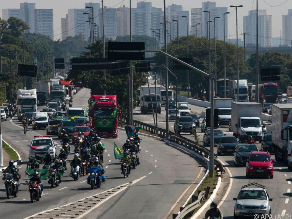 Situation in Brasilien führt vielfach zu Protesten