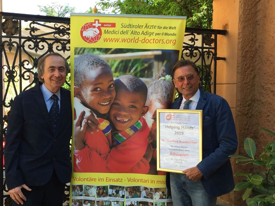 Toni Pizzecco_Manfred Brandstätter Helping Hands Preis